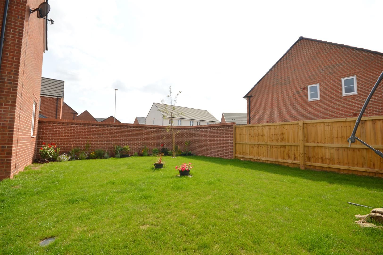 4 bed detached for sale in Whitestone 17