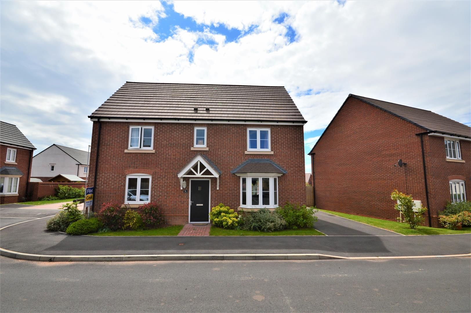 4 bed detached for sale in Whitestone 18