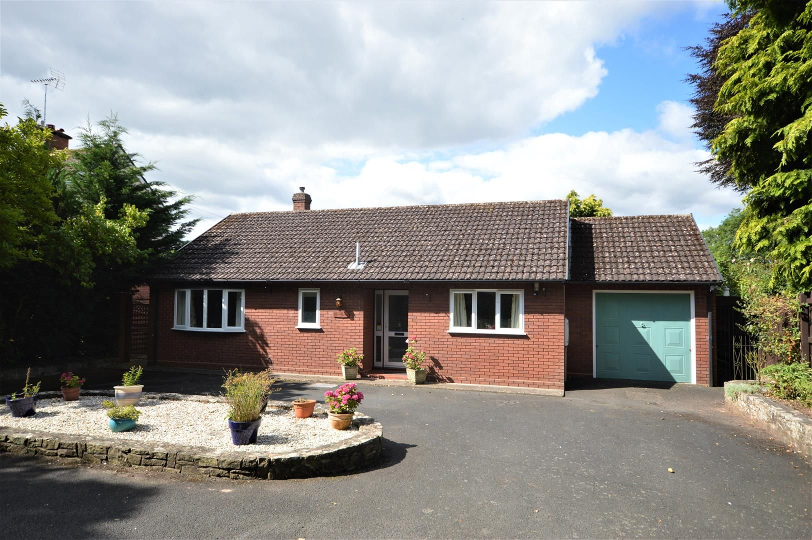 2 bed detached-bungalow for sale in Leominster, HR6