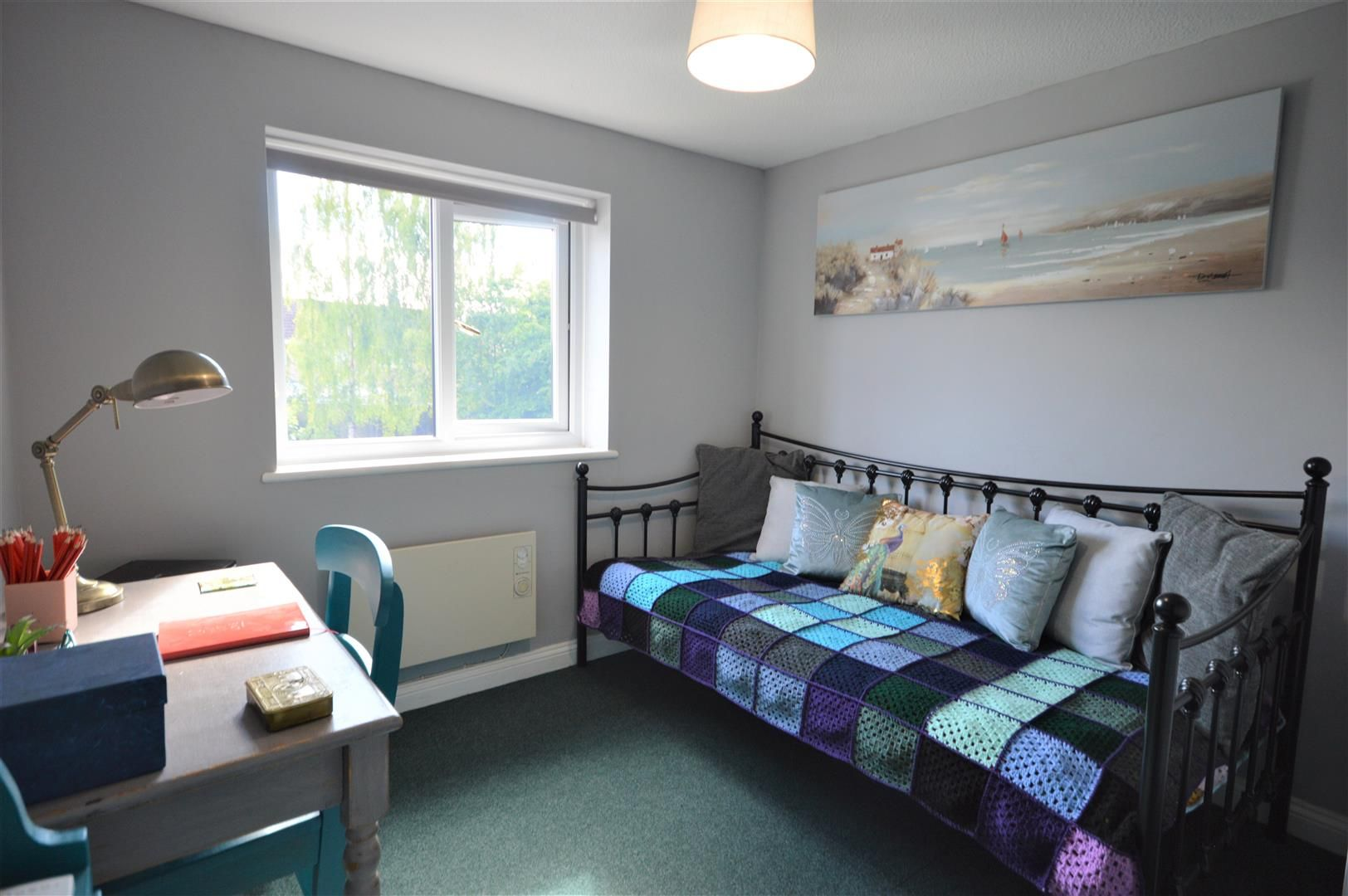 2 bed end-of-terrace for sale in Leominster 4