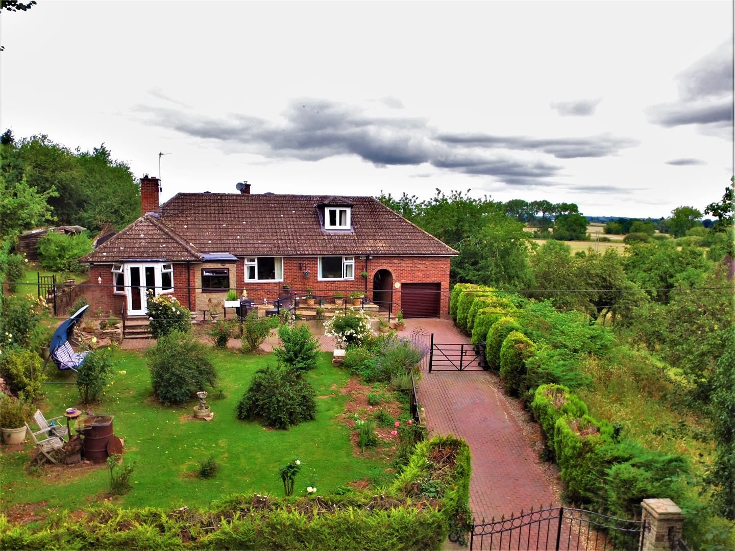 4 bed detached-bungalow for sale  - Property Image 1