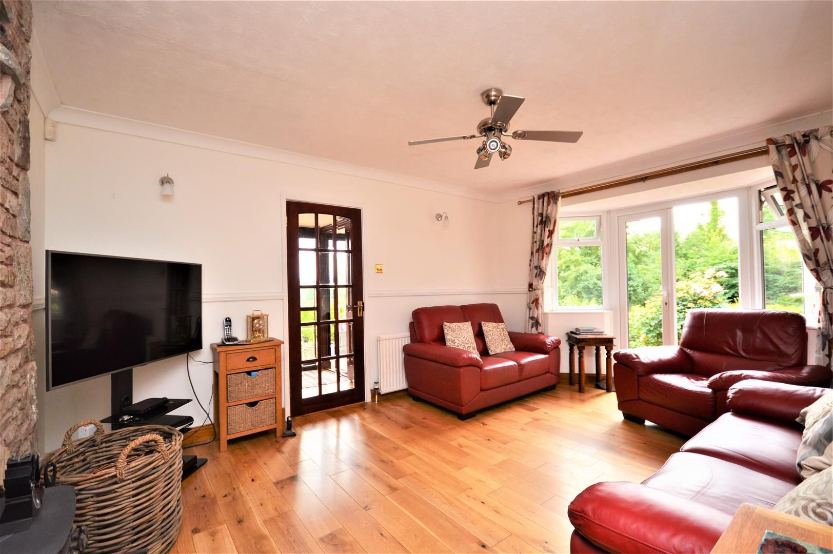 4 bed detached-bungalow for sale  - Property Image 2
