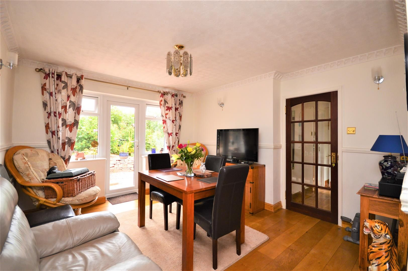 4 bed detached-bungalow for sale  - Property Image 3