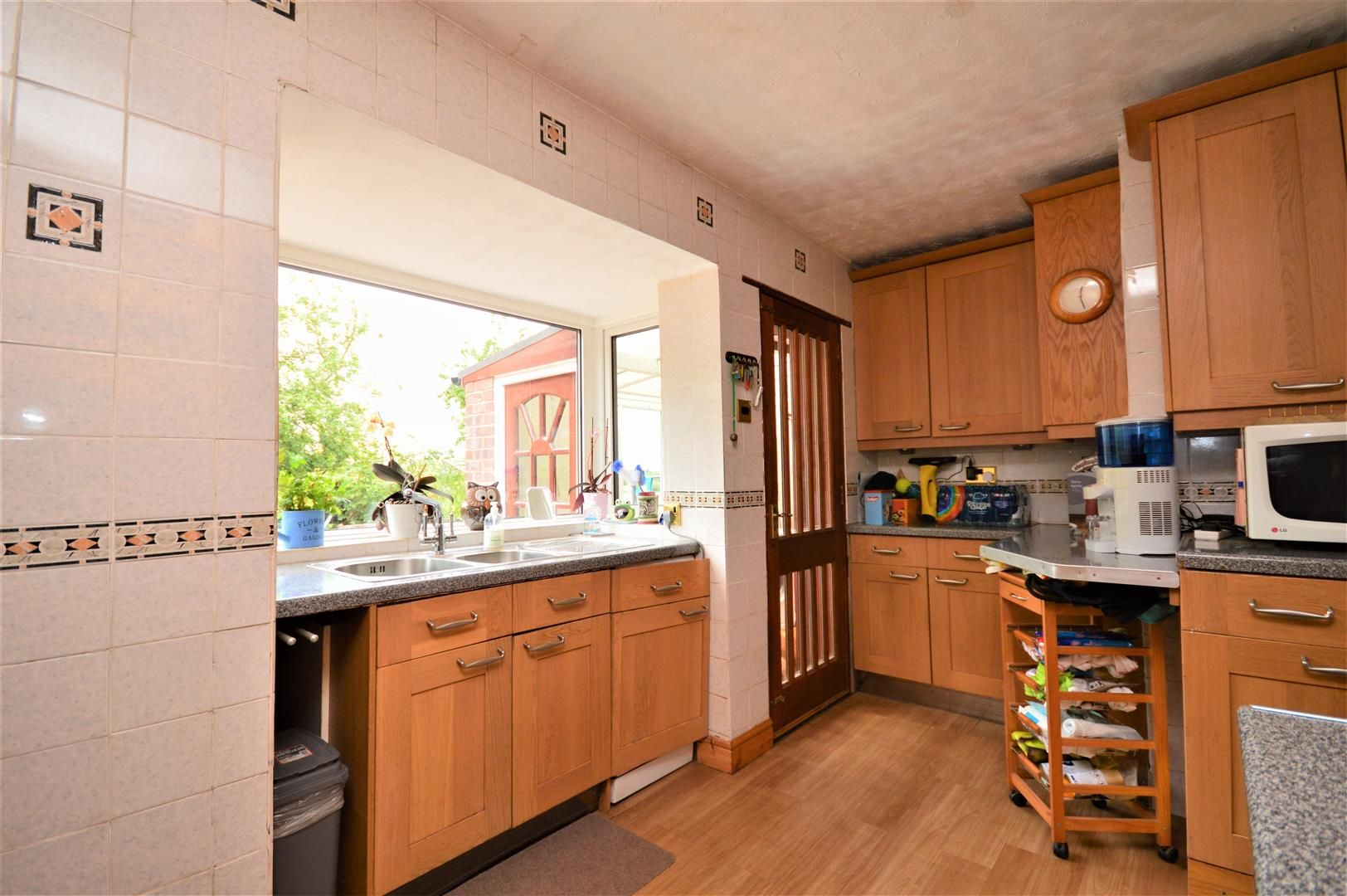 4 bed detached-bungalow for sale  - Property Image 6