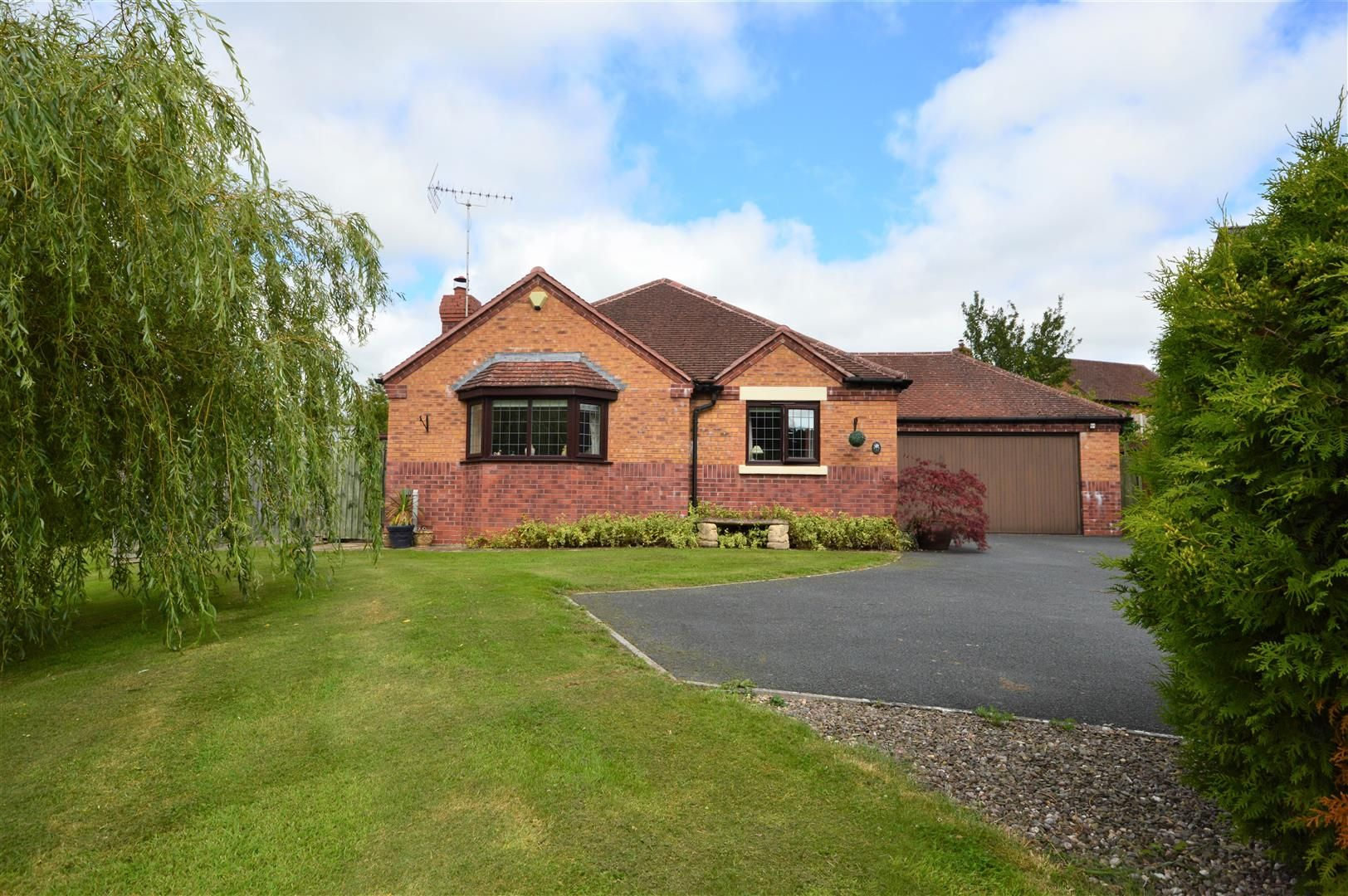 2 bed detached-bungalow for sale in Norton, LD8