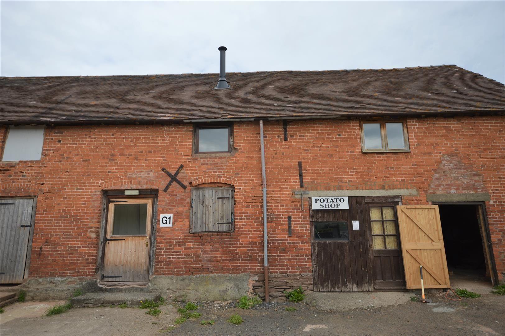 to rent in Brimfield 1