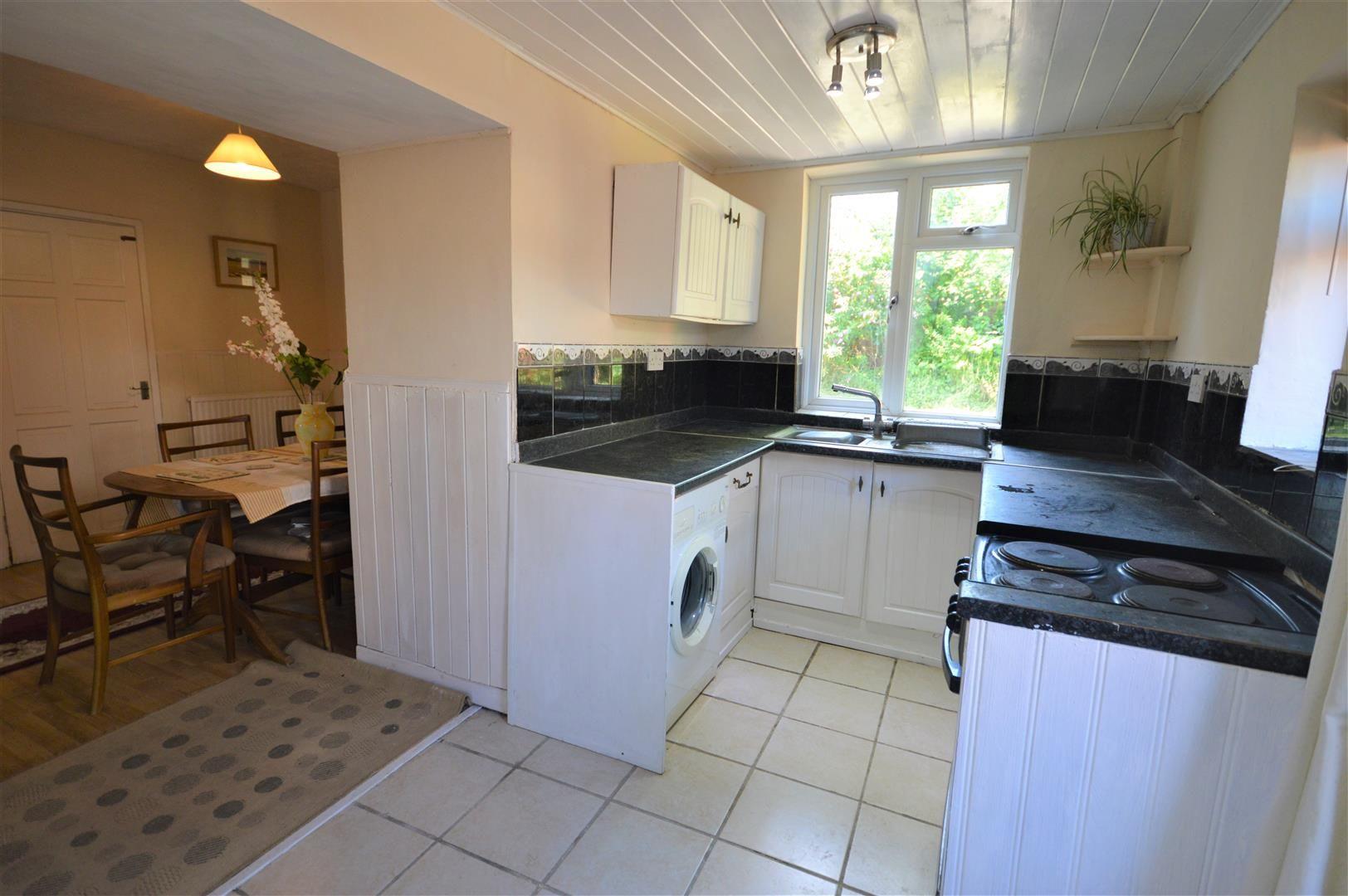 4 bed semi-detached for sale in Presteigne 6