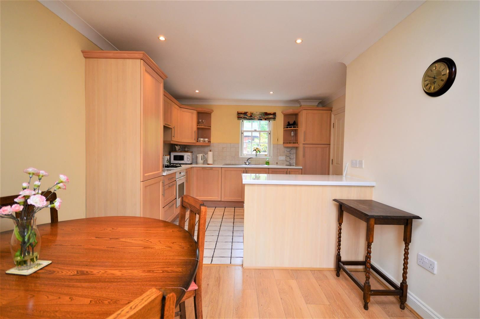 3 bed terraced for sale 6