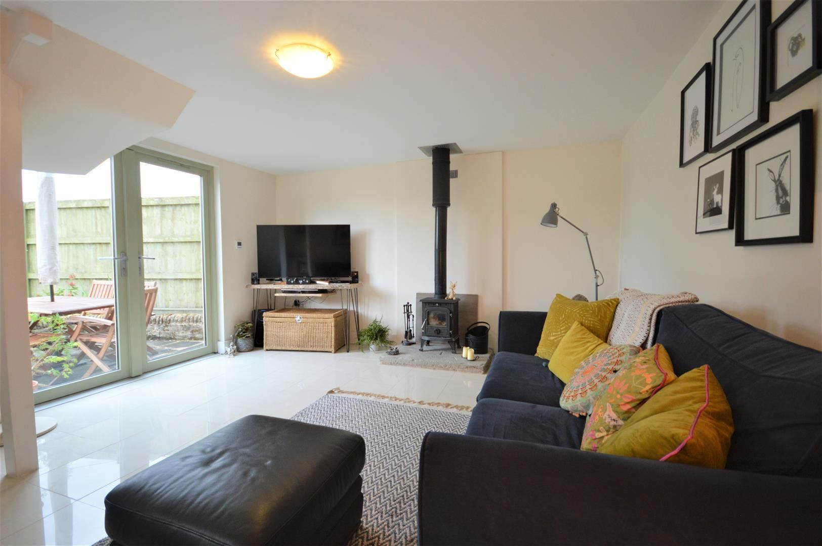 3 bed barn-conversion for sale in Lyonshall 5