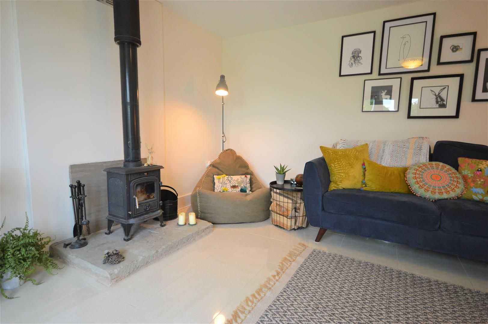 3 bed barn-conversion for sale in Lyonshall 6