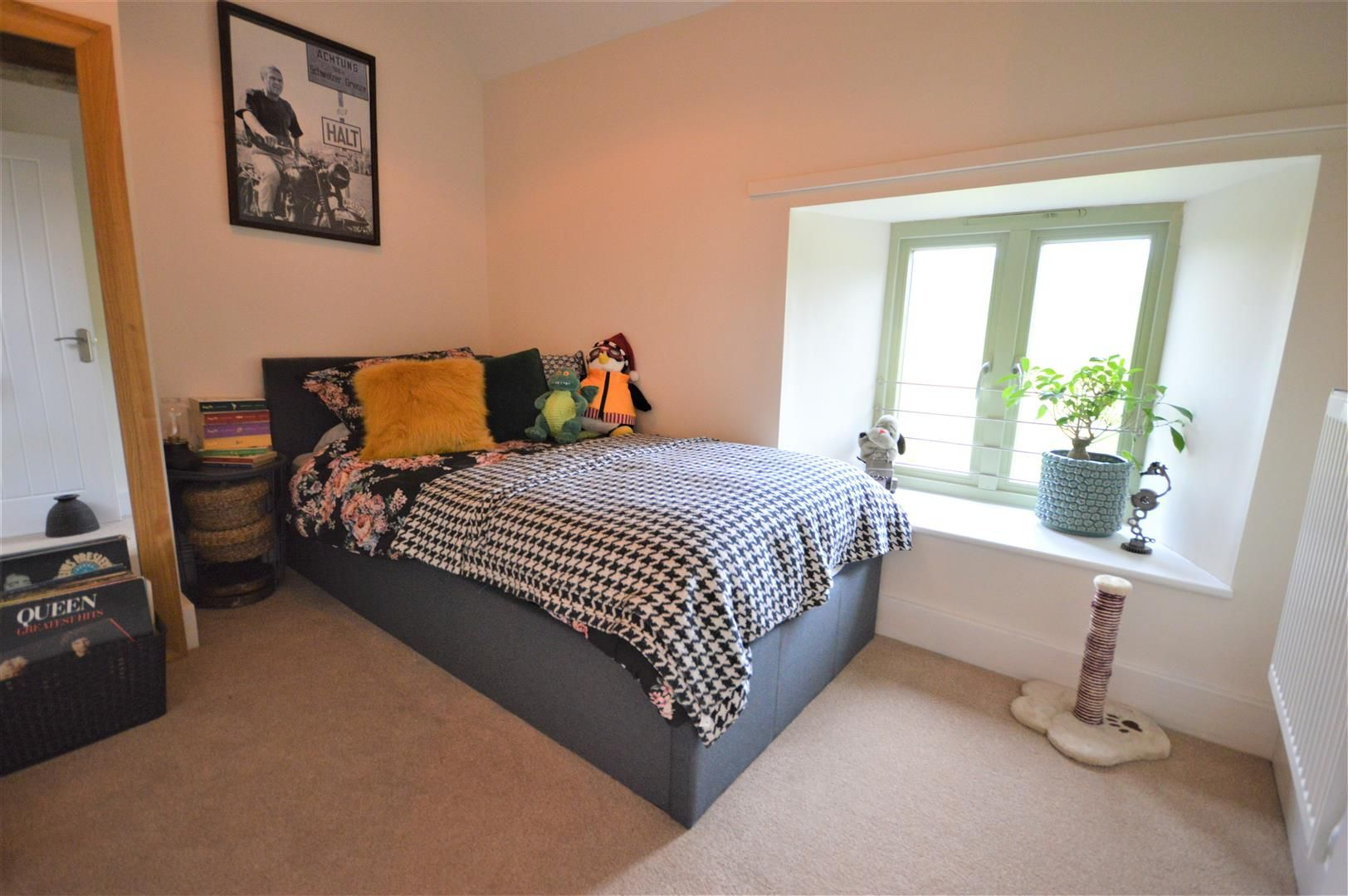 3 bed barn-conversion for sale in Lyonshall 9