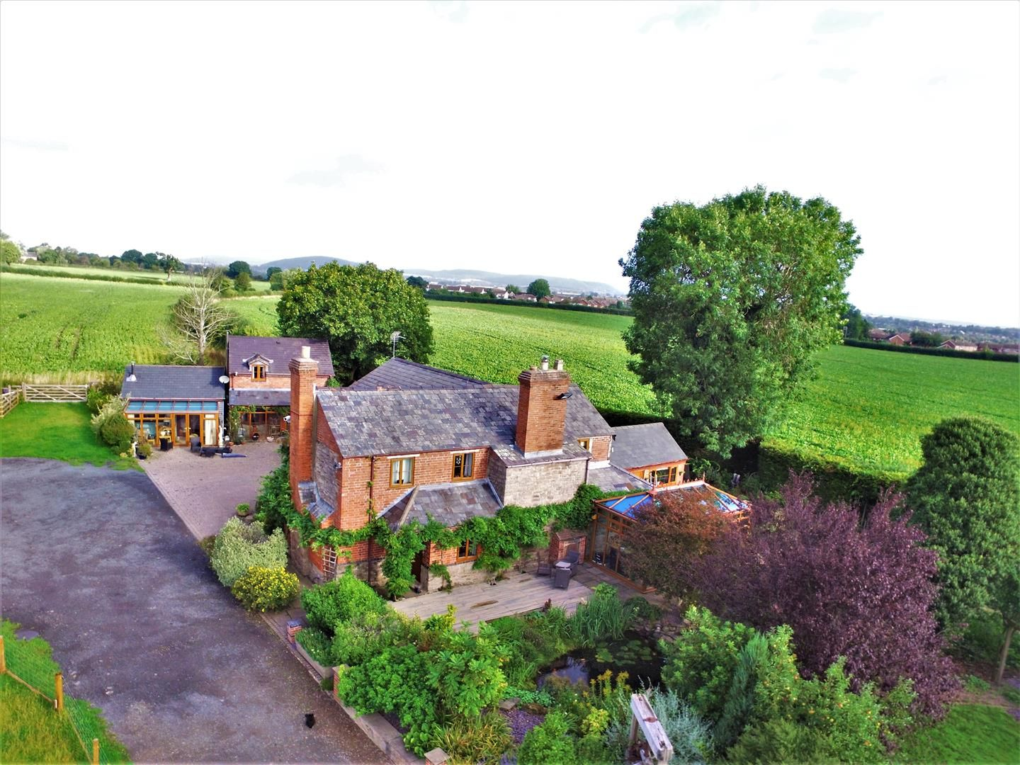 6 bed detached for sale in Breinton, HR4