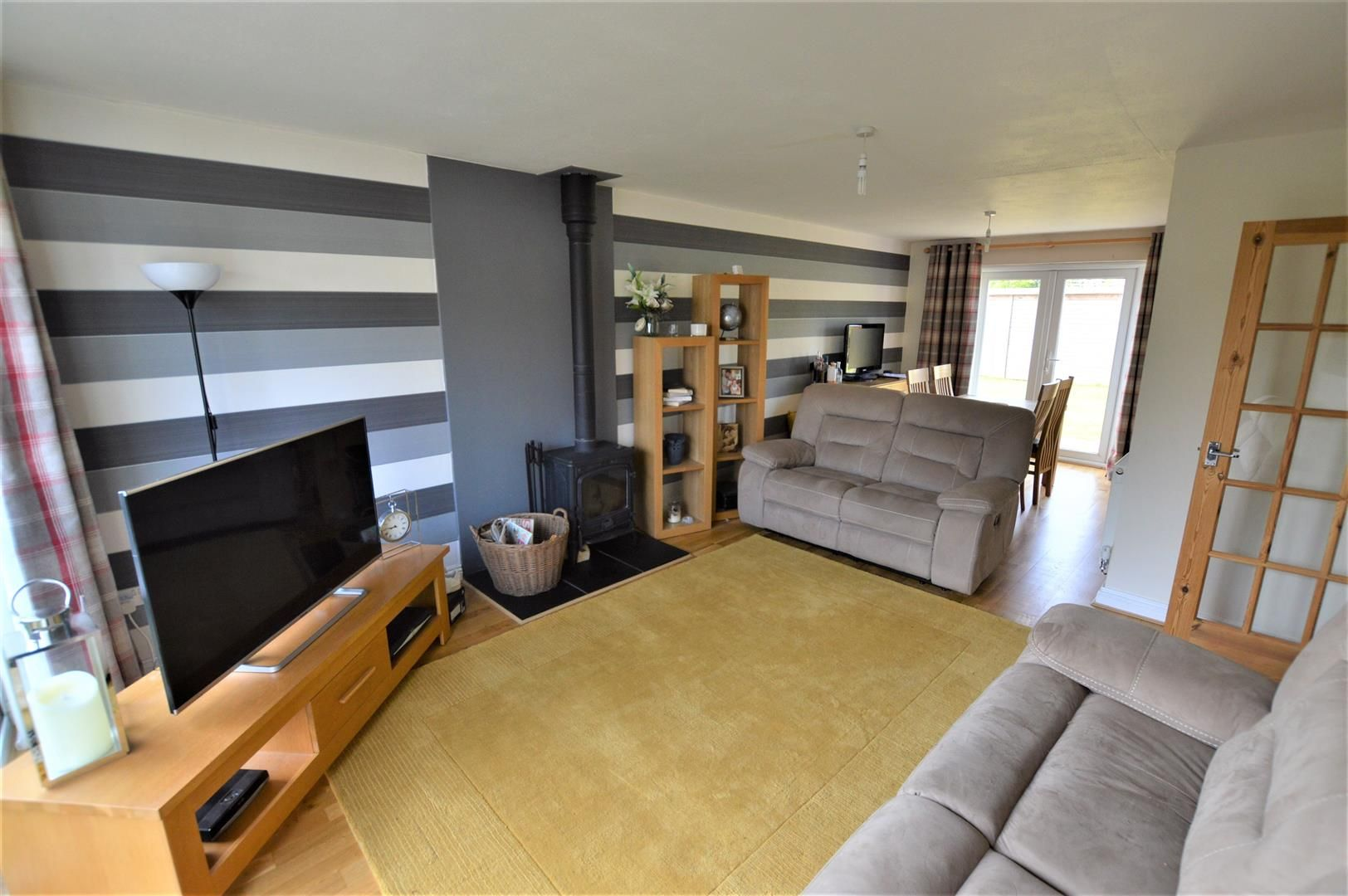3 bed detached for sale in Leominster 2