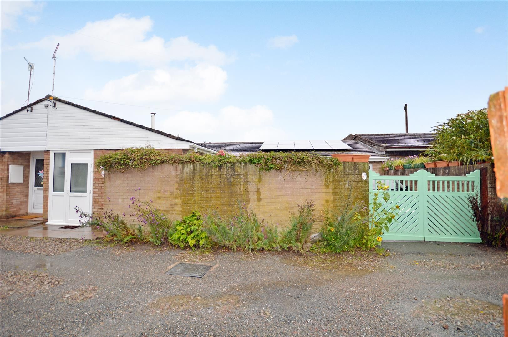 3 bed semi-detached bungalow for sale in Peterchurch  - Property Image 13