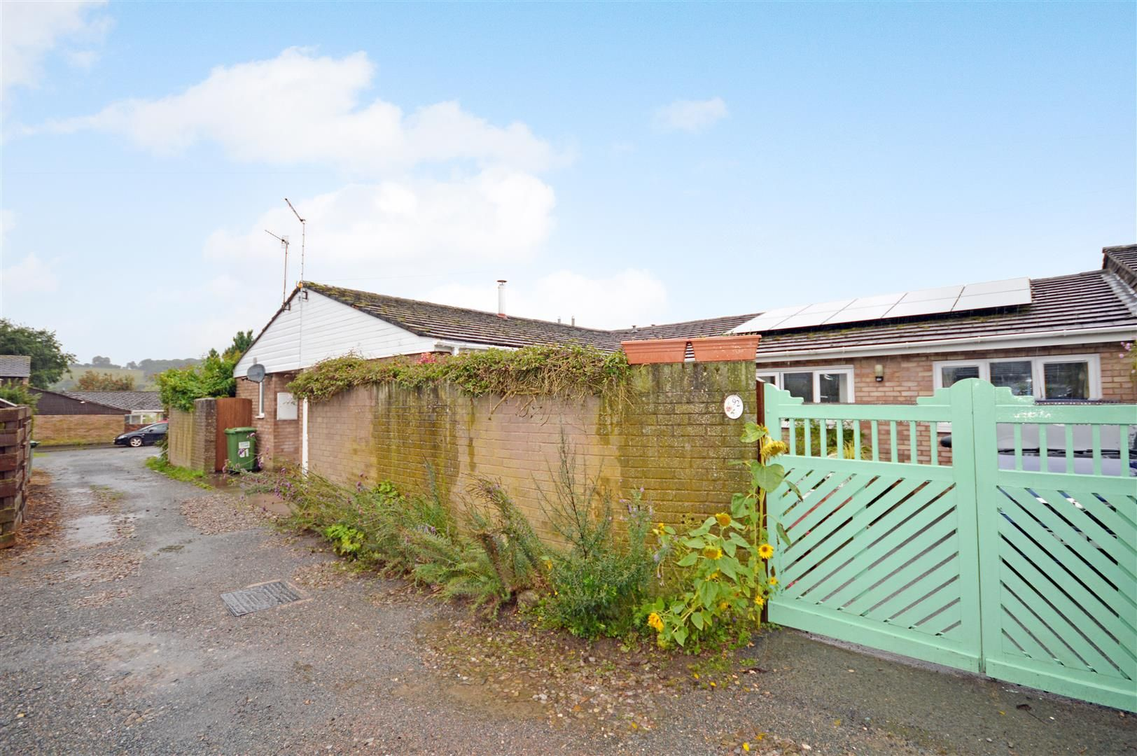3 bed semi-detached bungalow for sale in Peterchurch  - Property Image 15