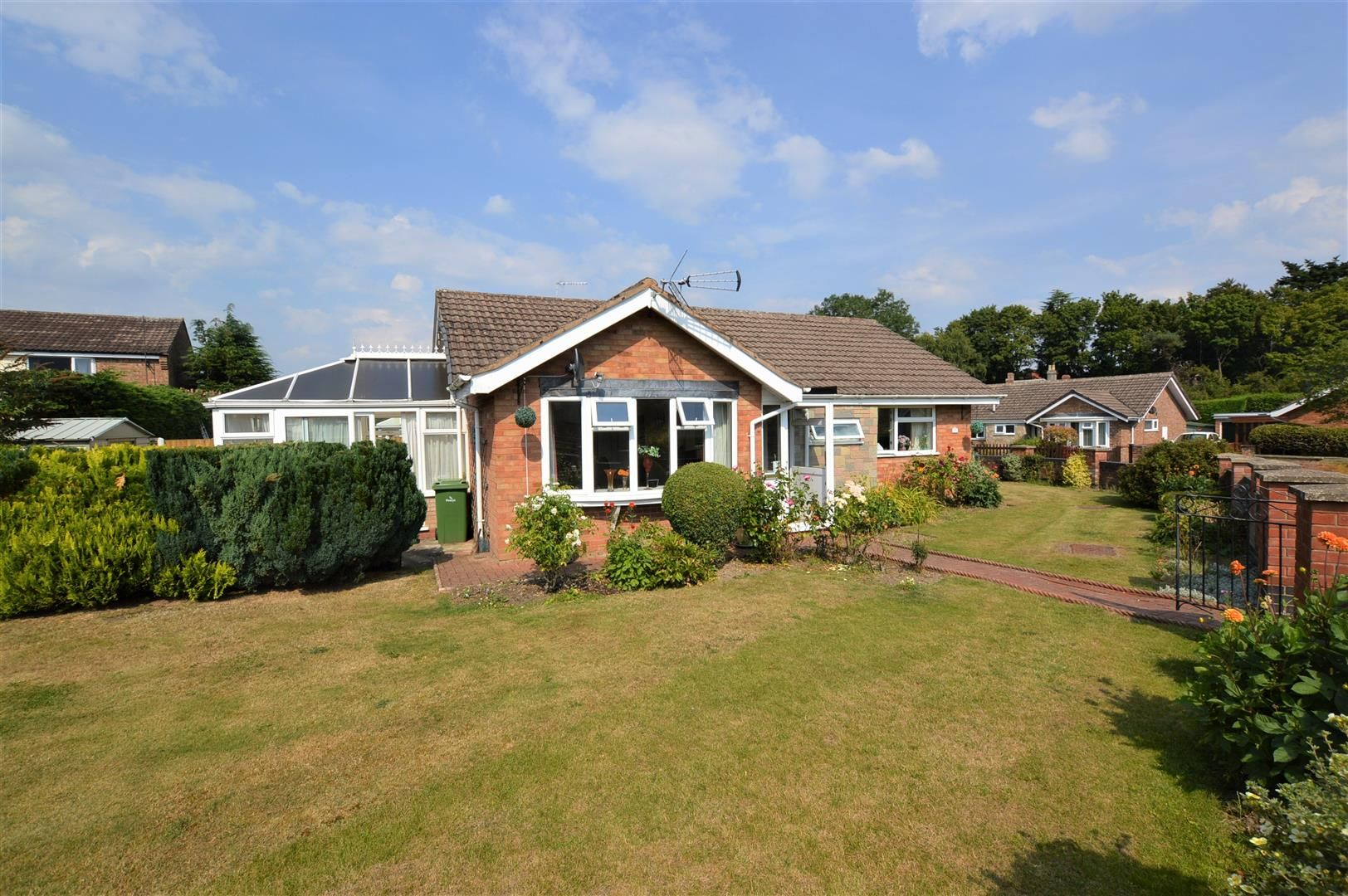 3 bed house for sale in Presteigne 1