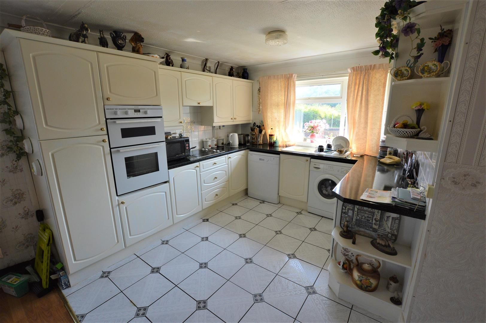 3 bed house for sale in Presteigne 3