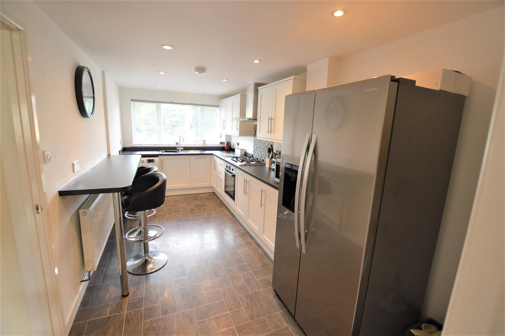3 bed end-of-terrace for sale in Leominster 4