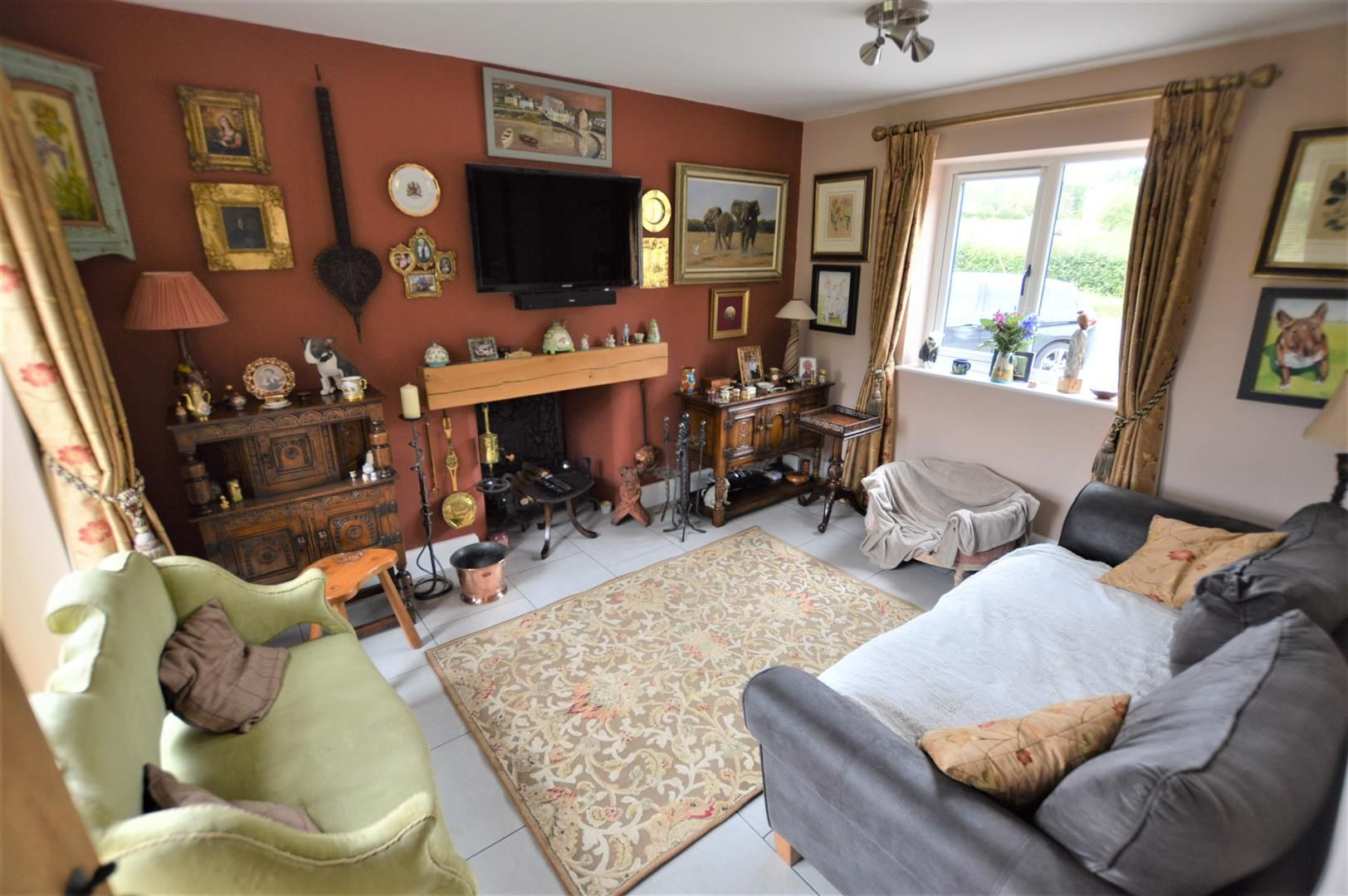 3 bed detached for sale in Kimbolton  - Property Image 2