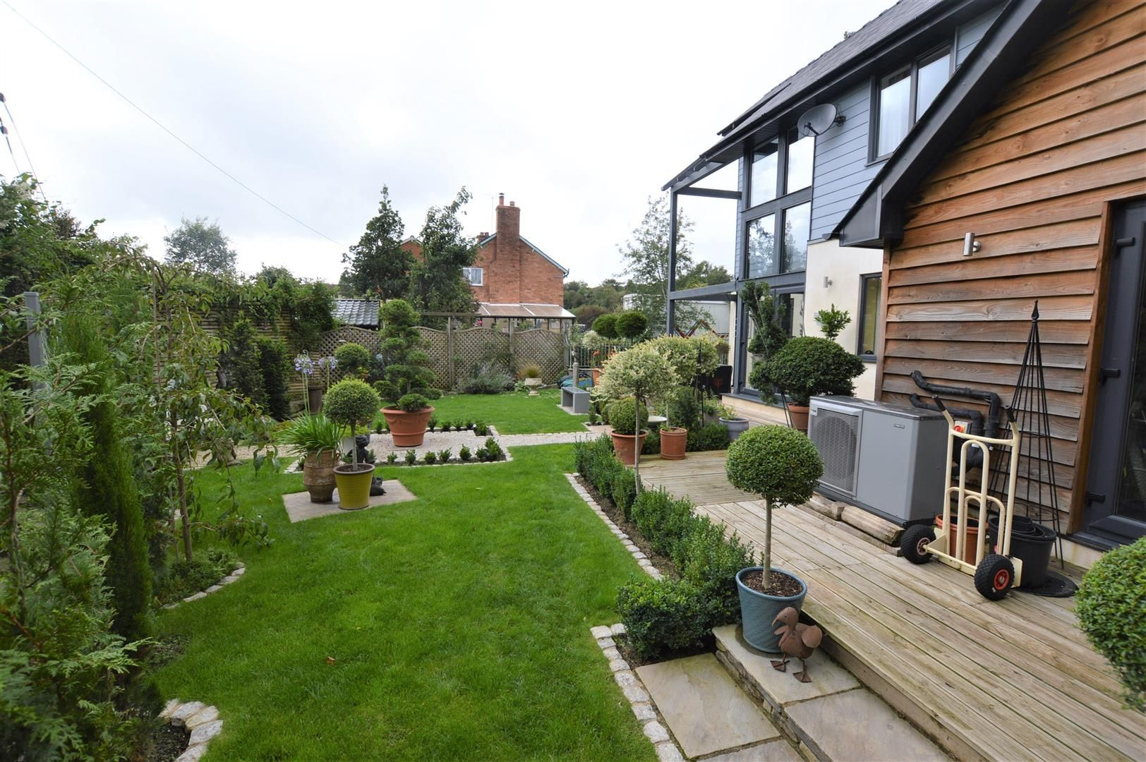 3 bed detached for sale in Kimbolton 14