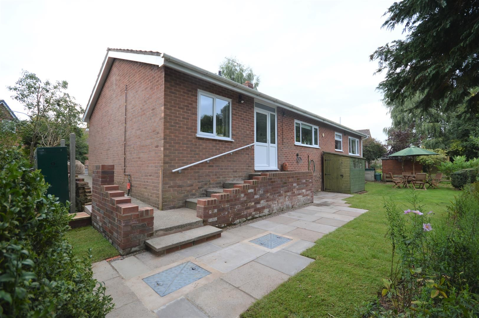 3 bed detached-bungalow for sale in Orleton 14