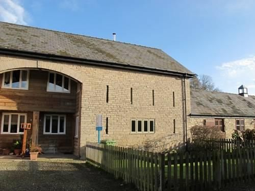 3 bed detached to rent in Church Walk, HR6