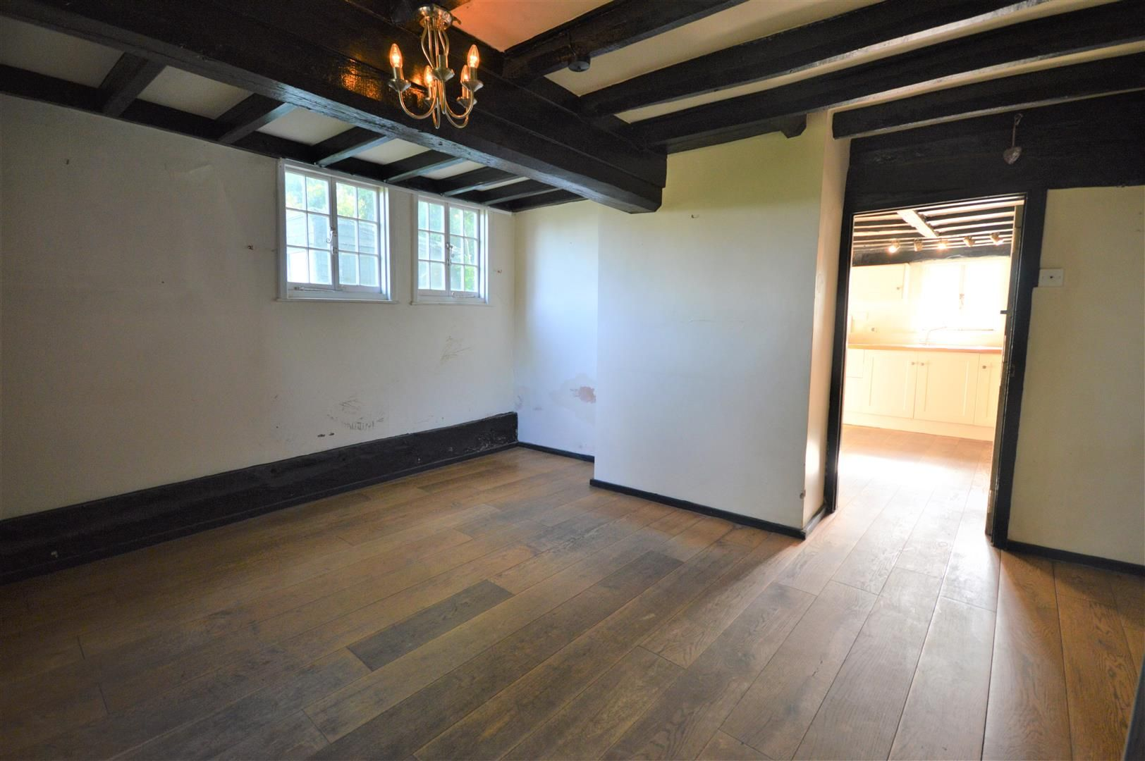 3 bed cottage for sale in Pembridge 3