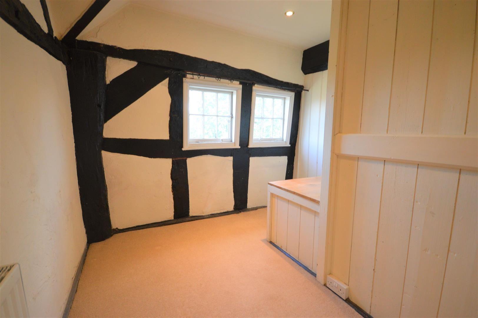 3 bed cottage for sale in Pembridge  - Property Image 10