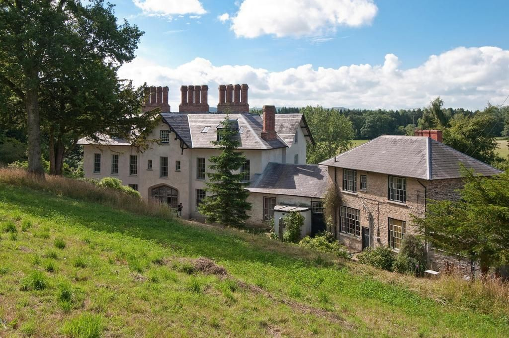 11 bed country-house for sale in Evancoyd 11