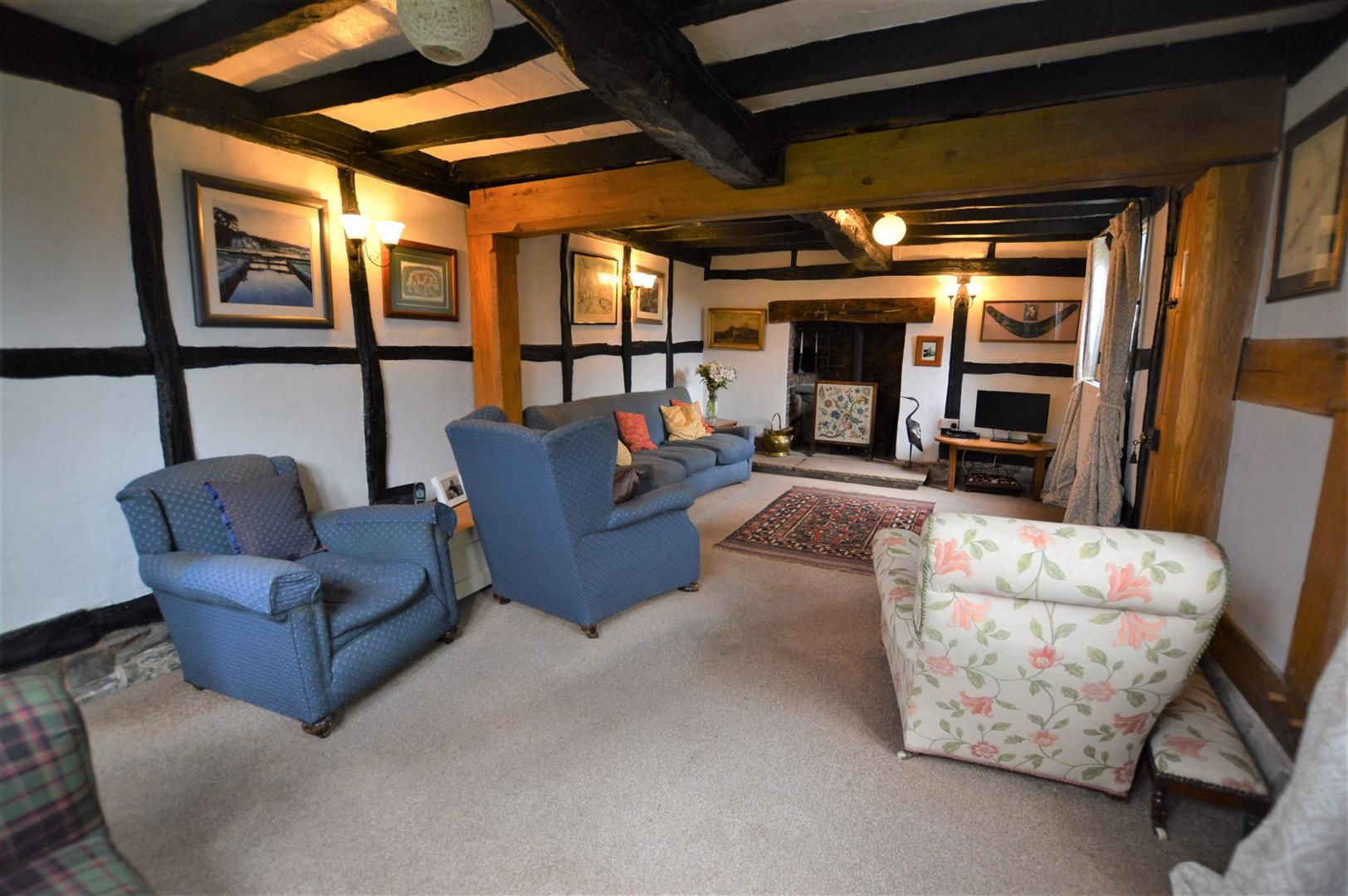 4 bed detached for sale in Shirlheath 3