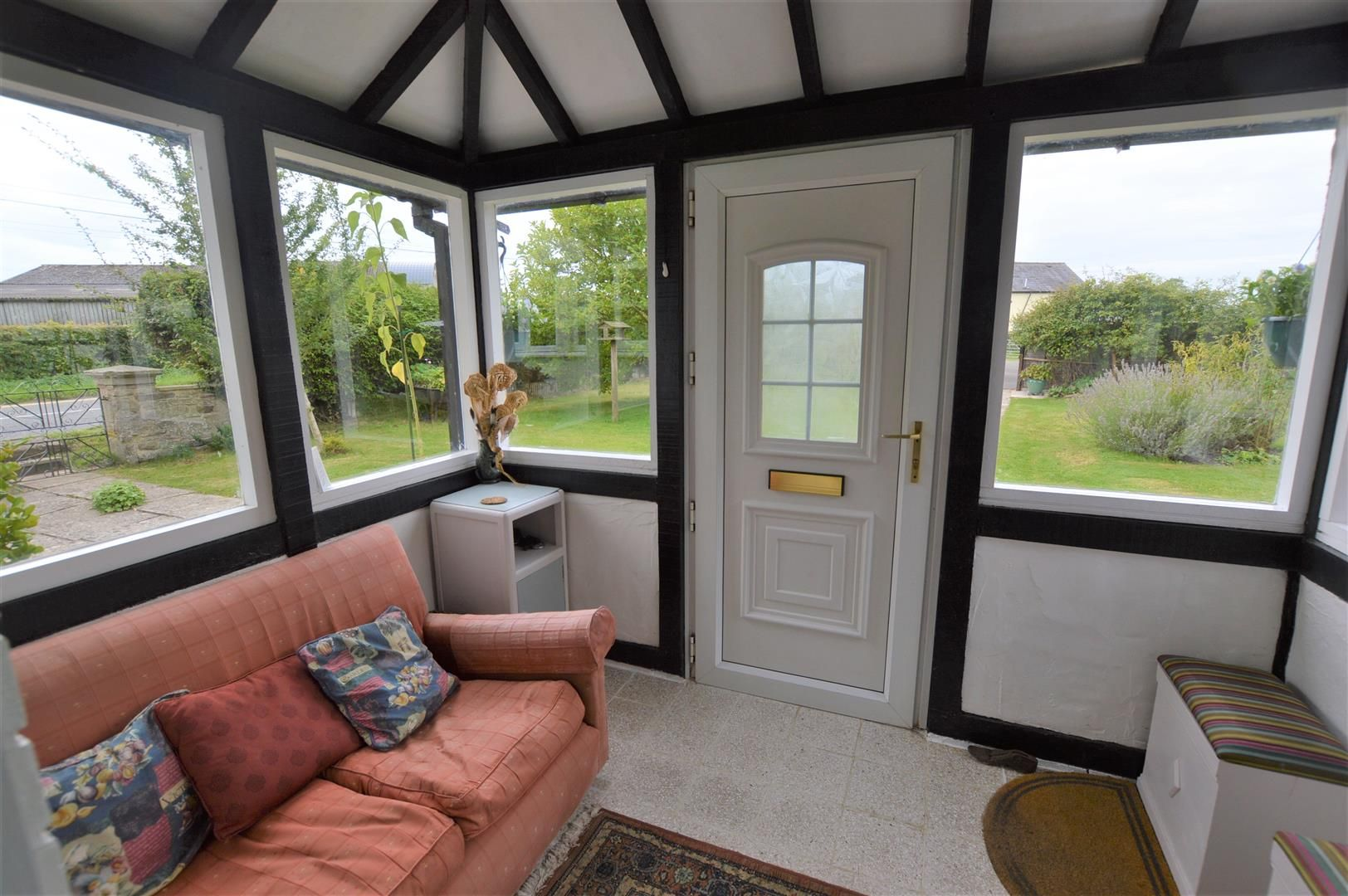 4 bed detached for sale in Shirlheath 8