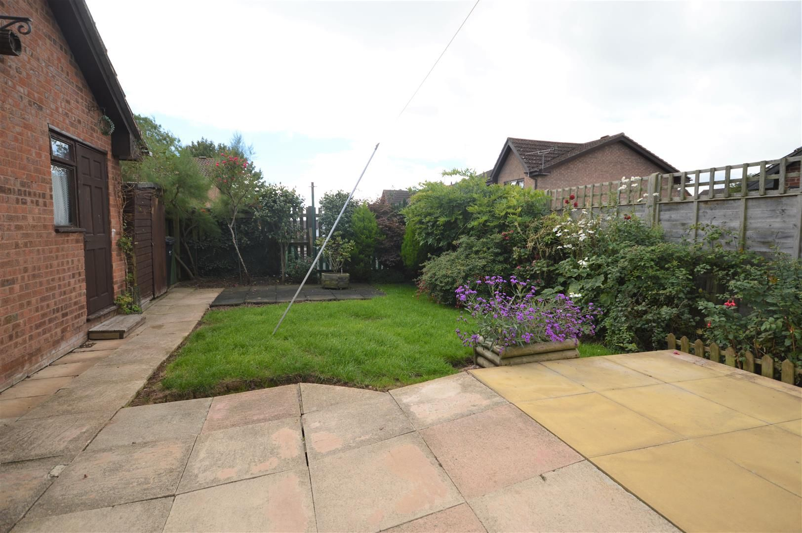 2 bed semi-detached bungalow for sale in Leominster  - Property Image 8