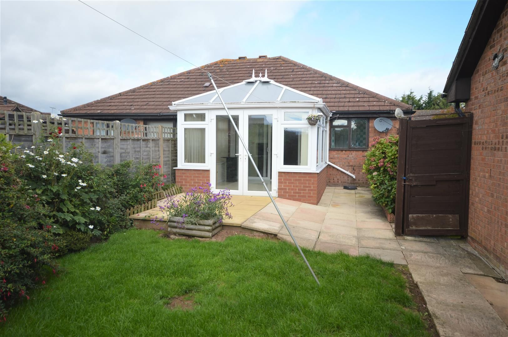 2 bed semi-detached bungalow for sale in Leominster 9
