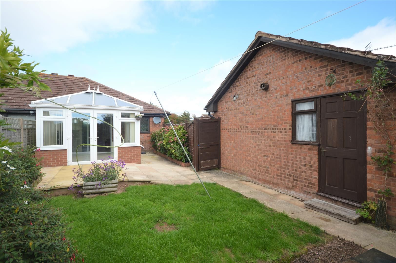 2 bed semi-detached bungalow for sale in Leominster 10