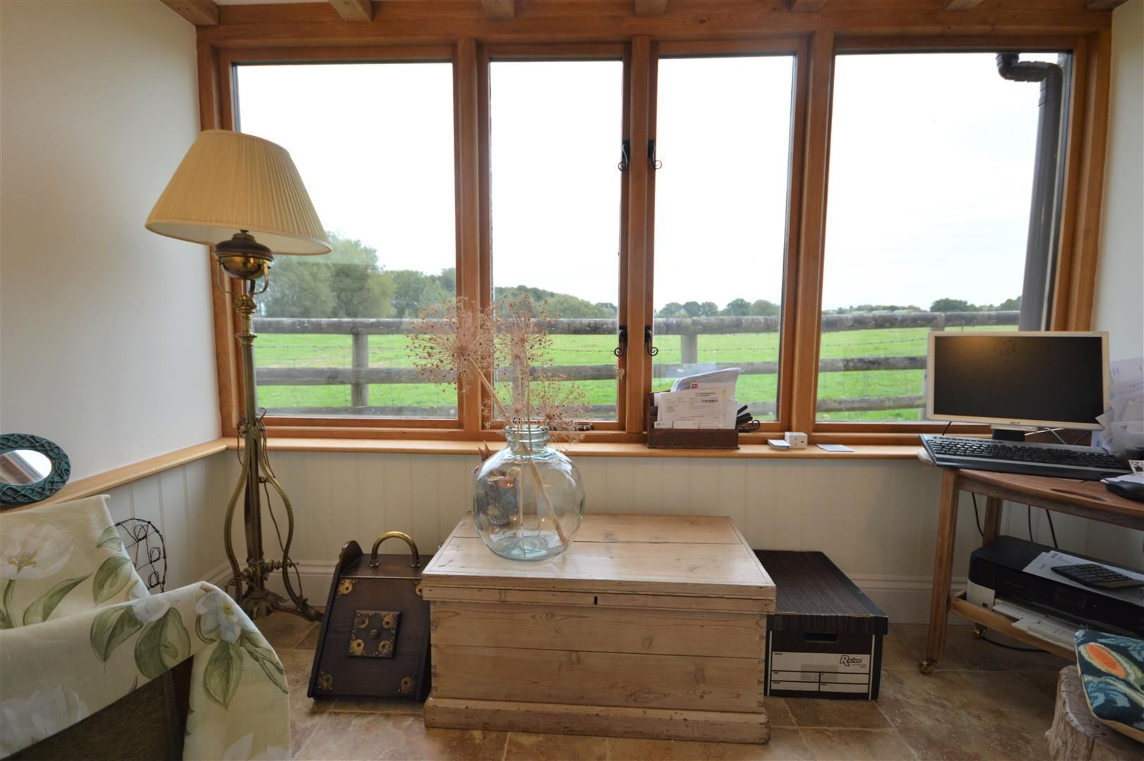 3 bed country house for sale in Kingsland 12