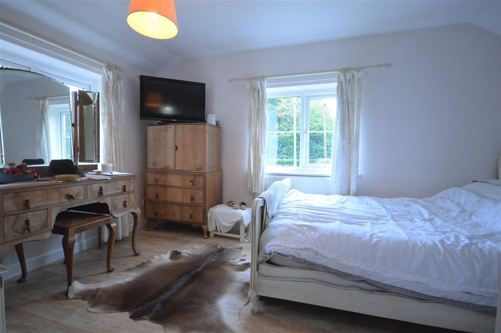 3 bed country house for sale in Kingsland 16