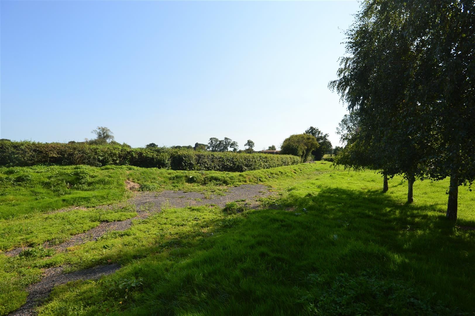 3 bed country house for sale in Kingsland 23