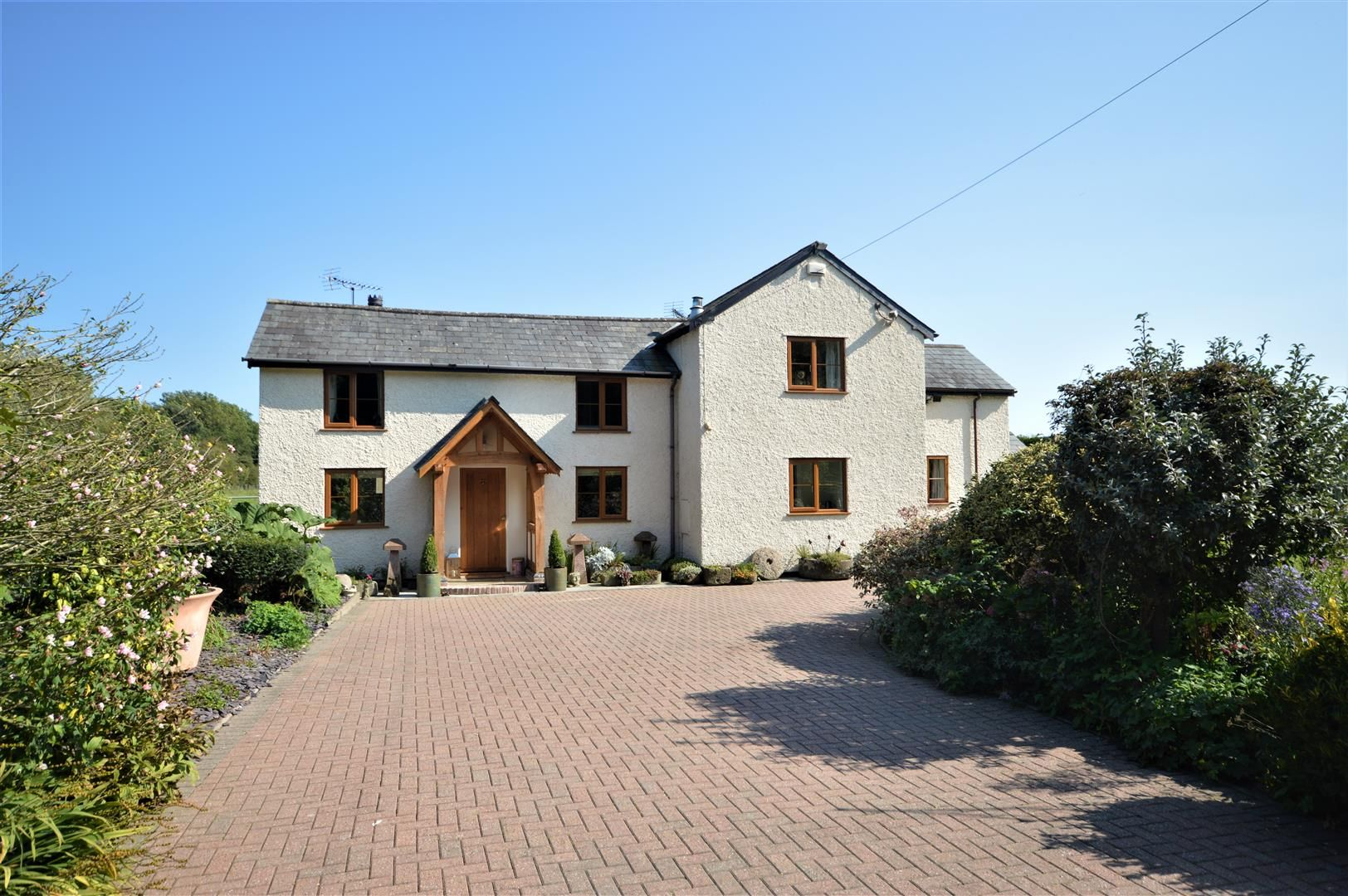 3 bed country house for sale in Kingsland 28