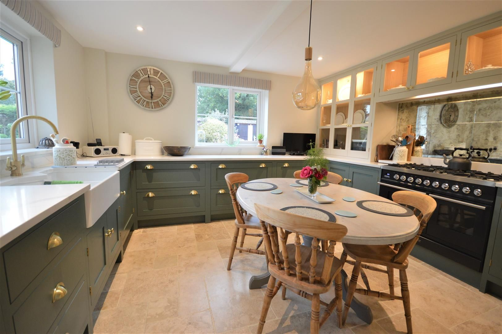 3 bed country house for sale in Kingsland 8