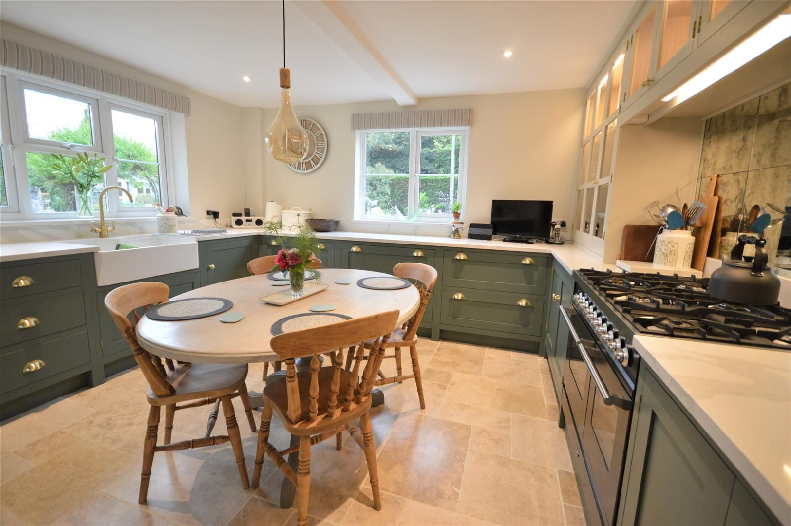 3 bed country house for sale in Kingsland 9