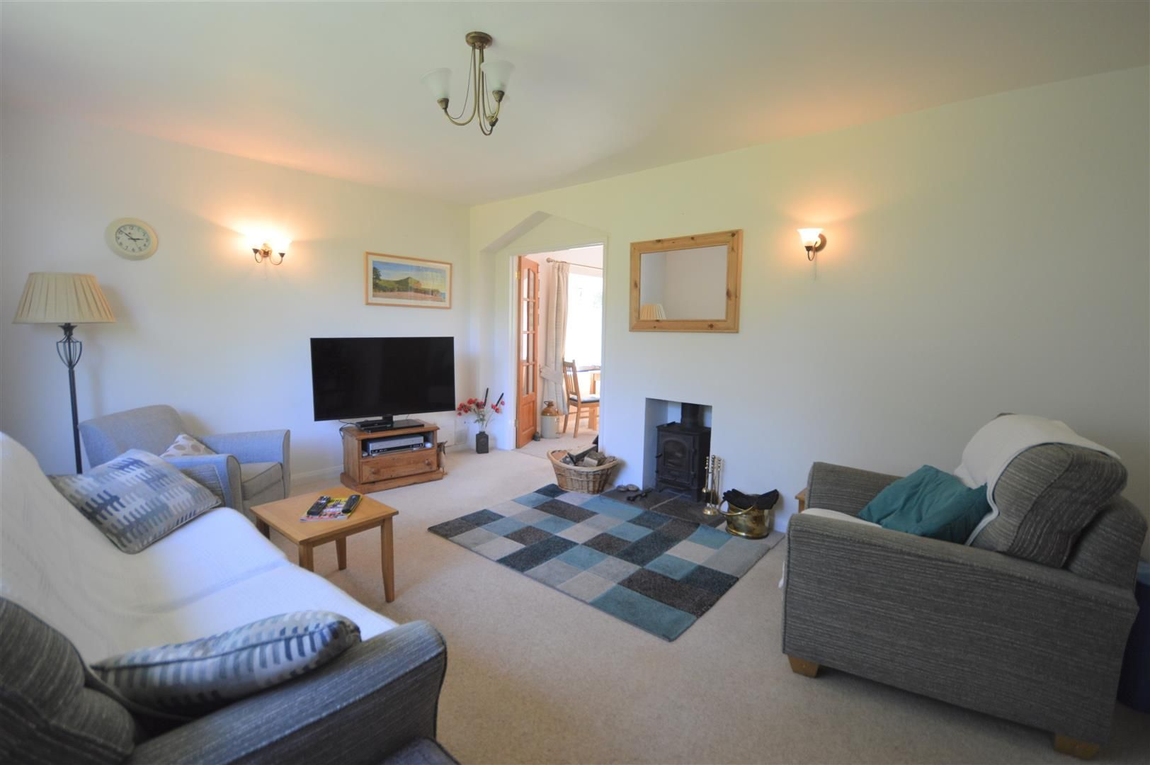 2 bed detached-bungalow for sale in Dilwyn  - Property Image 2