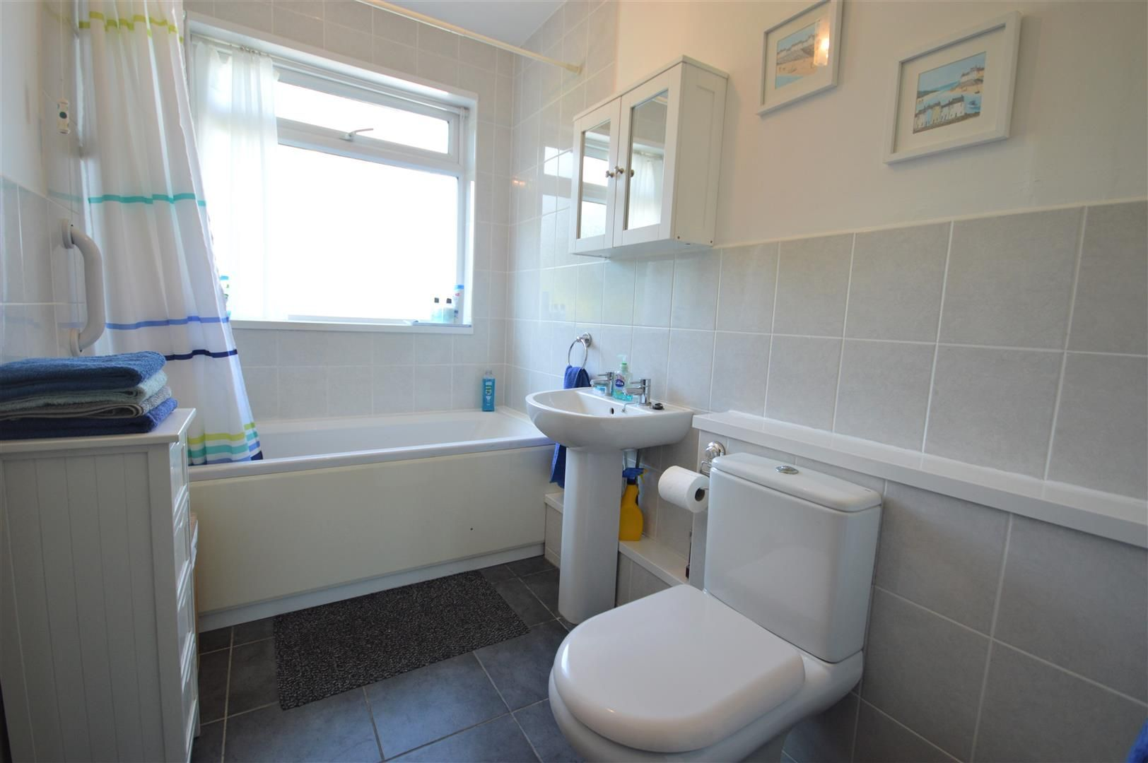2 bed detached-bungalow for sale in Dilwyn 11