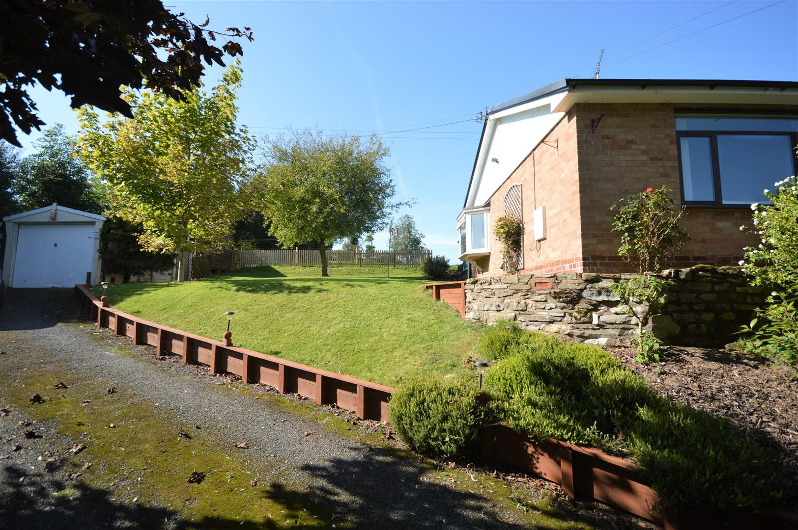 2 bed detached-bungalow for sale in Dilwyn 16