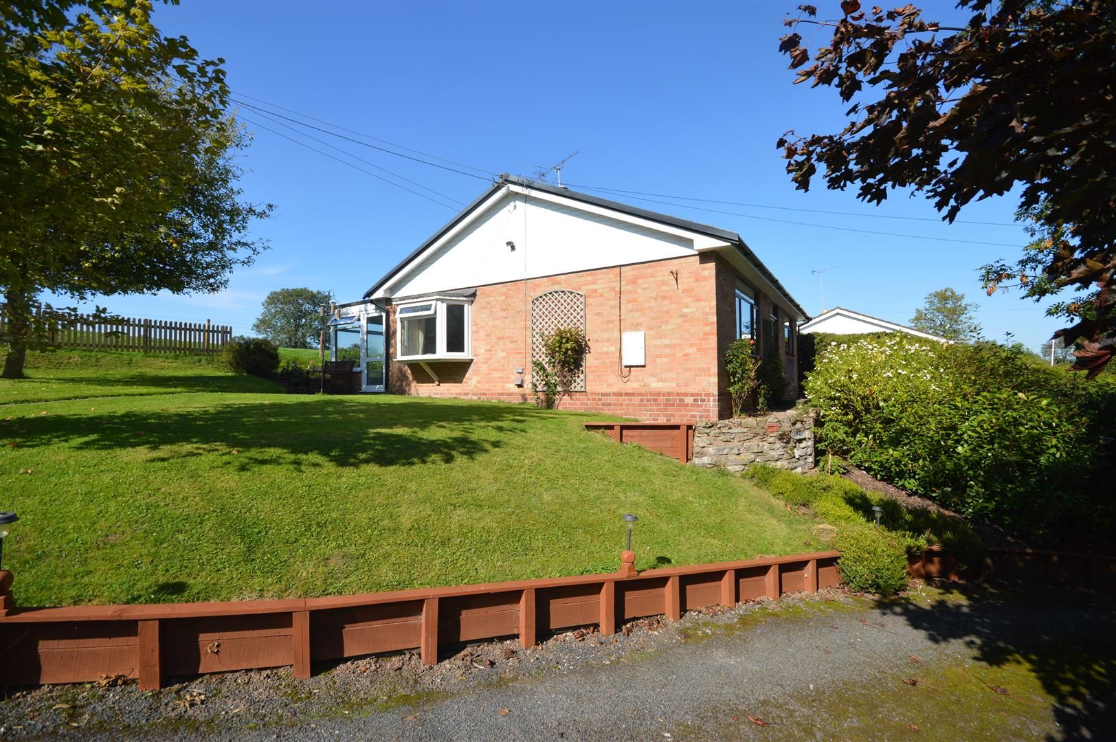 2 bed detached-bungalow for sale in Dilwyn 17
