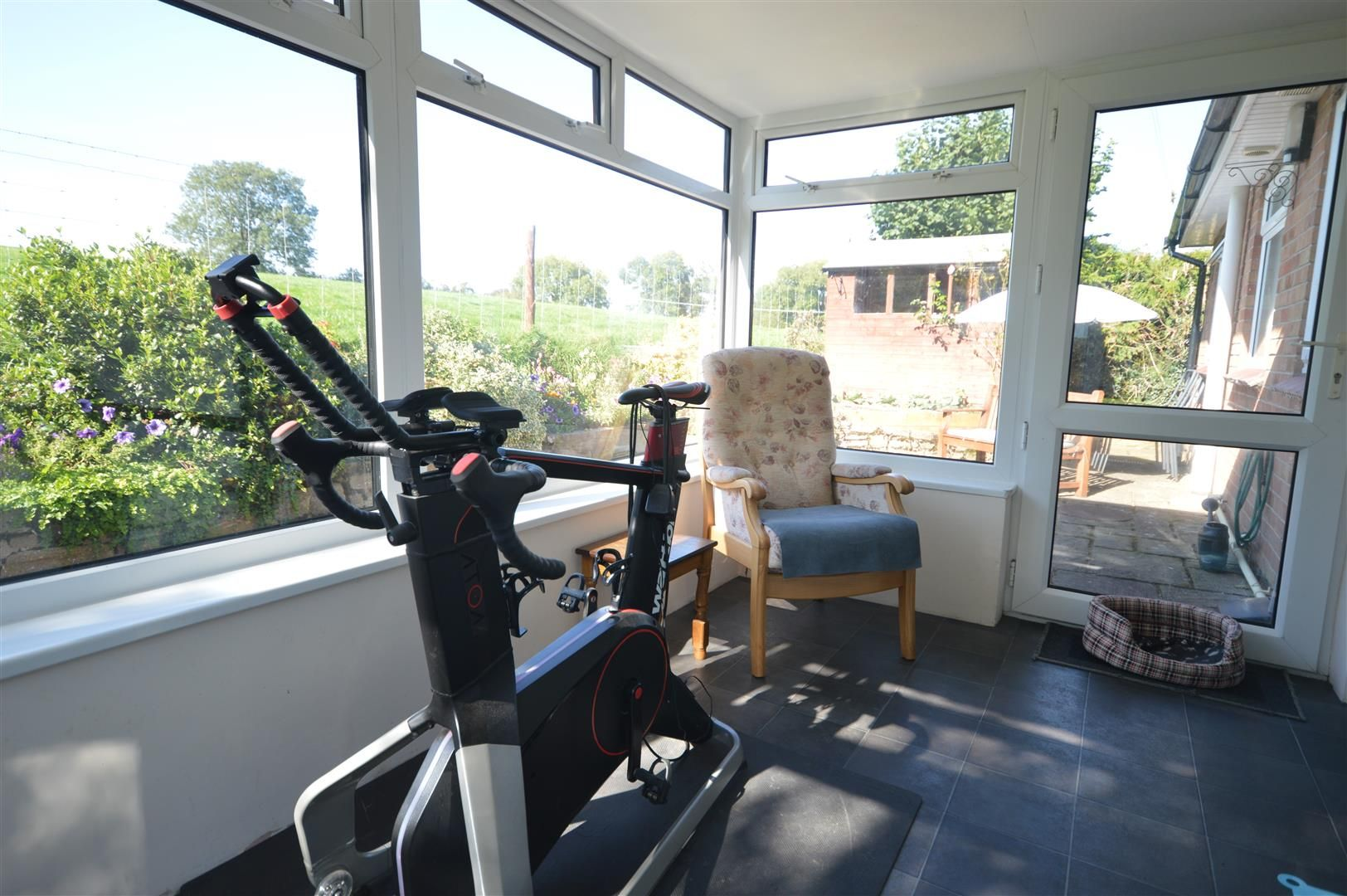 2 bed detached-bungalow for sale in Dilwyn 7