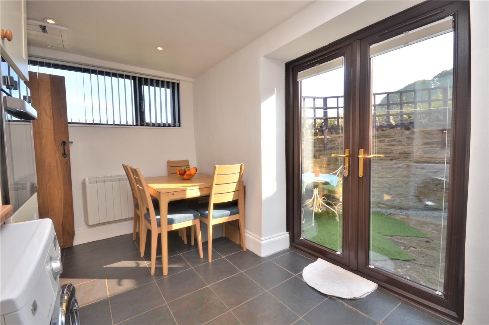 1 bed end-of-terrace for sale in Callow  - Property Image 5