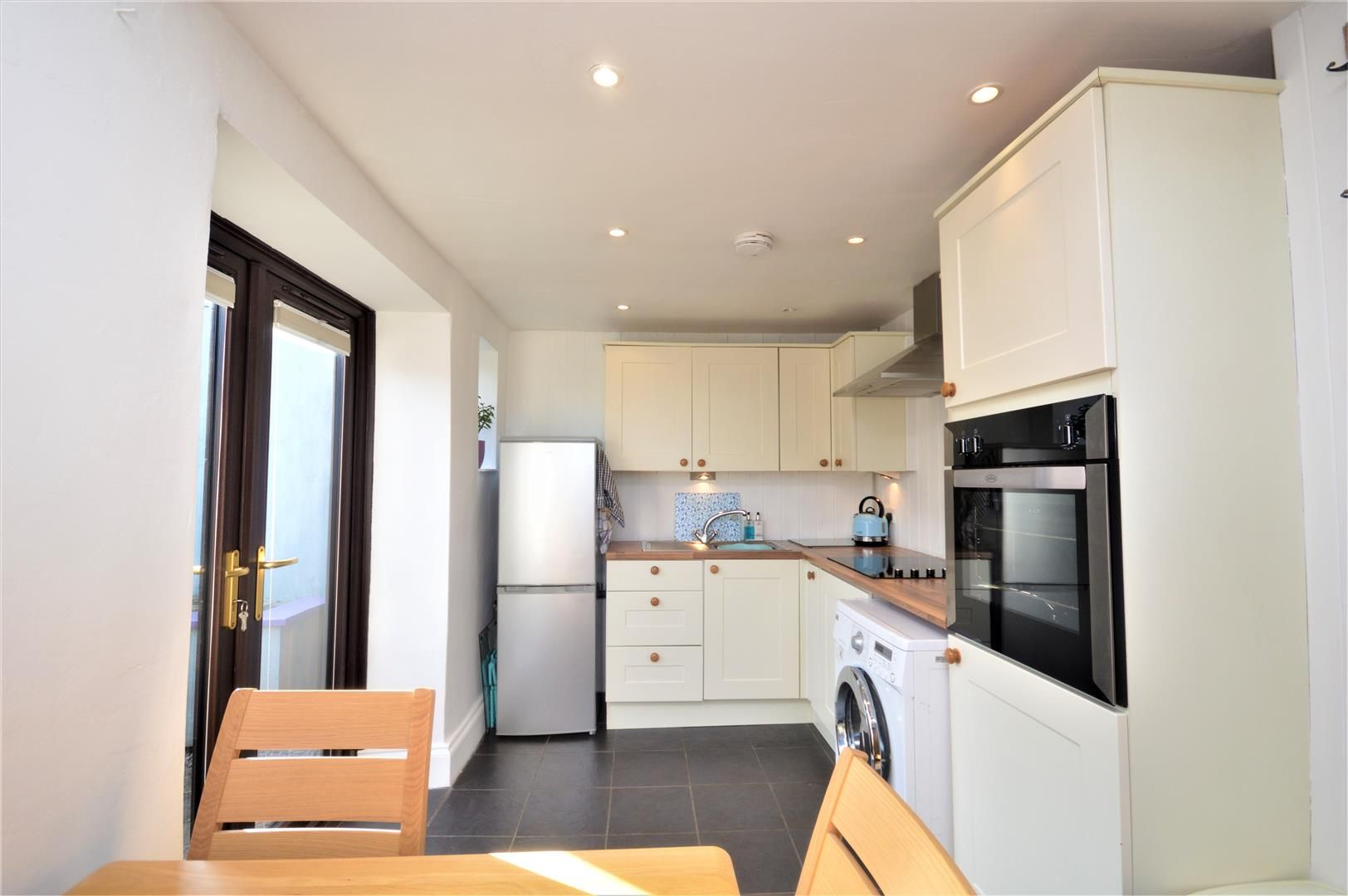 1 bed end-of-terrace for sale in Callow  - Property Image 6