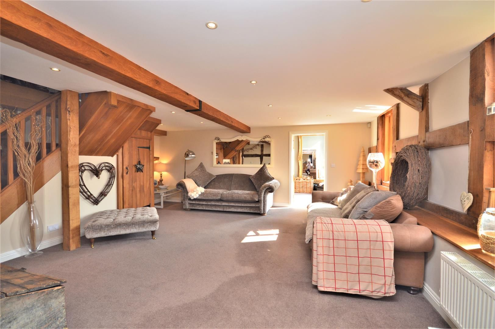 4 bed barn conversion for sale in Burghill 5