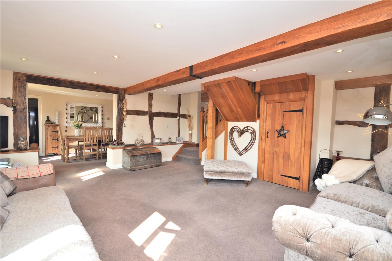 4 bed barn conversion for sale in Burghill 9