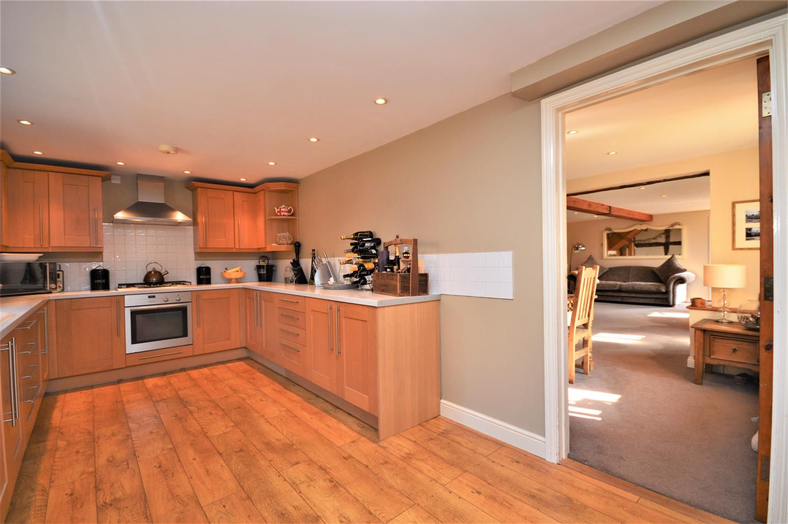 4 bed barn conversion for sale in Burghill 10